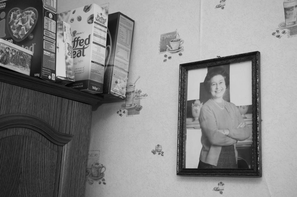 Tours d'Yser, tours d'histoire, une création documentaire photographique et sonore d'Émilie Danchin, une coproduction de la Fédération Indépendante des Seniors, BNA-BBOT, le Service de cohésion sociale du quartier nord subventionnée par la Fondation Roi Baudouin, Bruxelles