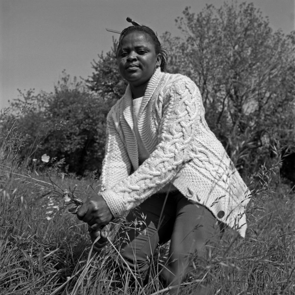 Série de photographies (portraits de demandeurs d'asile) d'Émilie Danchin. Une co-production du Festival Diep ~ Haven et du Ministère de la Culture et de la Communication (Lutte contre l'exclusion, programme d'intégration)